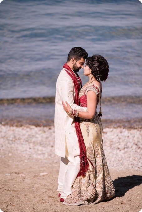 Hindu-wedding-ceremony_Kelowna_Cedar-Creek_Sparkling-Hill_251_by-Kevin-Trowbridge
