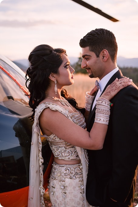 Hindu-wedding-ceremony_Kelowna_Cedar-Creek_Sparkling-Hill_299_by-Kevin-Trowbridge