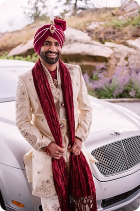 Hindu-wedding-ceremony_Kelowna_Cedar-Creek_Sparkling-Hill_30_by-Kevin-Trowbridge