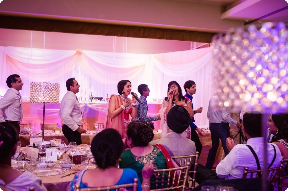 Hindu-wedding-ceremony_Kelowna_Cedar-Creek_Sparkling-Hill_371_by-Kevin-Trowbridge
