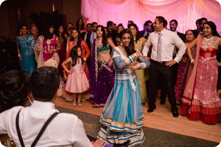Hindu-wedding-ceremony_Kelowna_Cedar-Creek_Sparkling-Hill_388_by-Kevin-Trowbridge