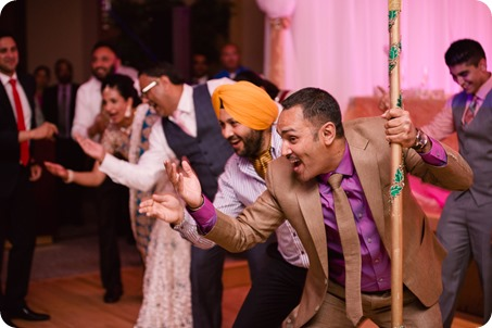 Hindu-wedding-ceremony_Kelowna_Cedar-Creek_Sparkling-Hill_396_by-Kevin-Trowbridge