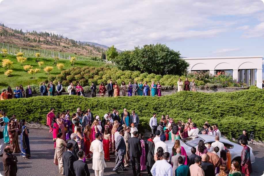 Hindu-wedding-ceremony_Kelowna_Cedar-Creek_Sparkling-Hill_60_by-Kevin-Trowbridge