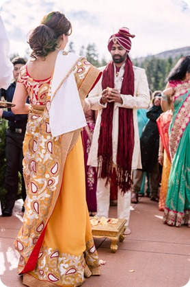 Hindu-wedding-ceremony_Kelowna_Cedar-Creek_Sparkling-Hill_72_by-Kevin-Trowbridge