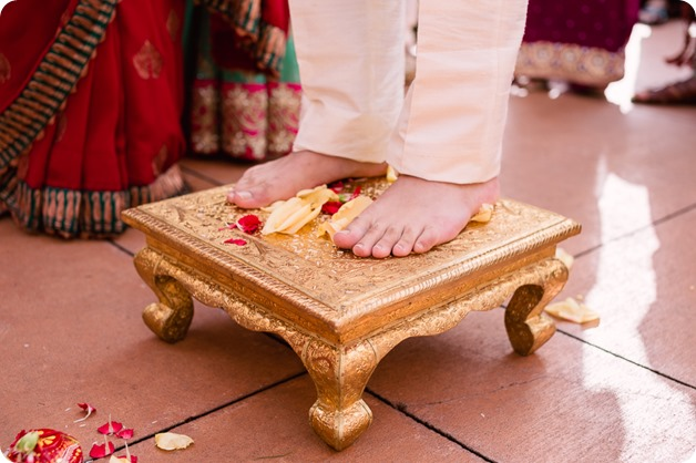 Hindu-wedding-ceremony_Kelowna_Cedar-Creek_Sparkling-Hill_73_by-Kevin-Trowbridge