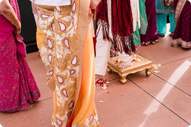 Hindu-wedding-ceremony_Kelowna_Cedar-Creek_Sparkling-Hill_83_by-Kevin-Trowbridge