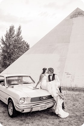 Kelowna-wedding-photography_Summerhill-Winery_classic-mustang_98_by-Kevin-Trowbridge