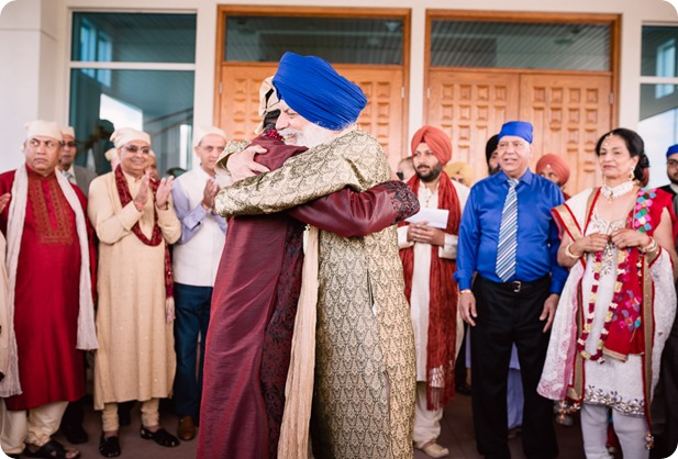 Sikh-Indian-wedding_Kelowna-Temple_Sparkling-Hill_108_by-Kevin-Trowbridge