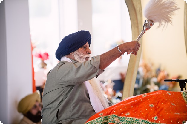 Sikh-Indian-wedding_Kelowna-Temple_Sparkling-Hill_127_by-Kevin-Trowbridge