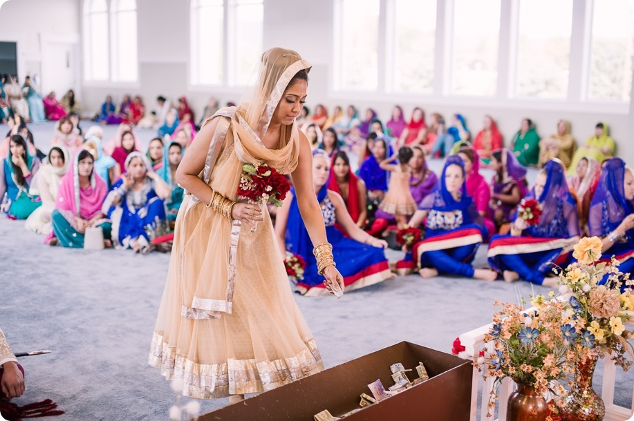 Sikh-Indian-wedding_Kelowna-Temple_Sparkling-Hill_136_by-Kevin-Trowbridge
