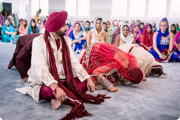 Sikh-Indian-wedding_Kelowna-Temple_Sparkling-Hill_140_by-Kevin-Trowbridge