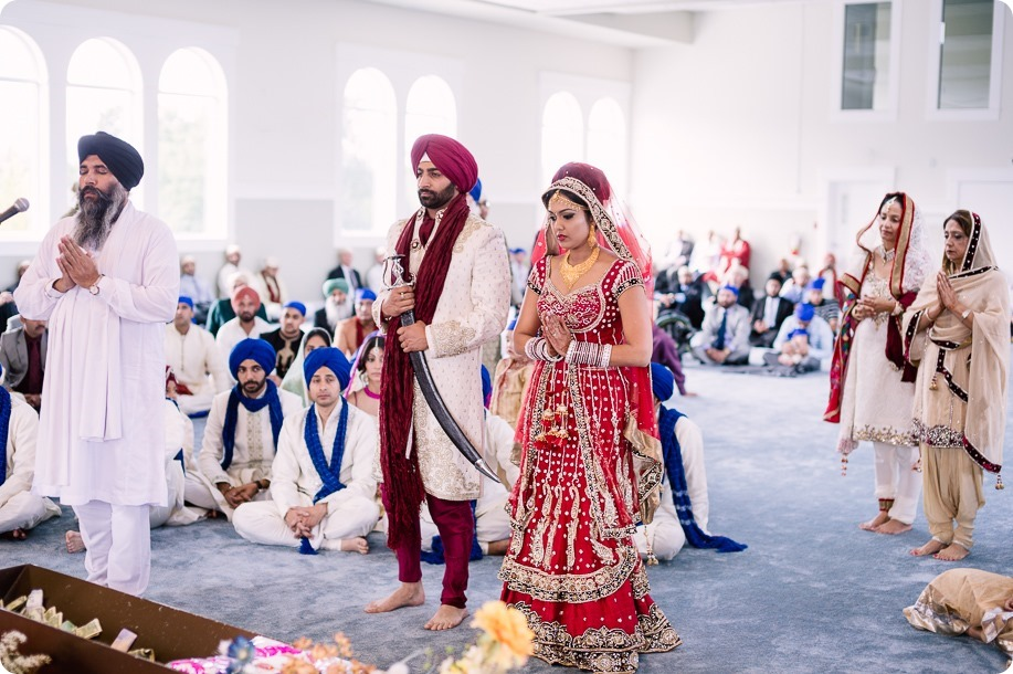 Sikh-Indian-wedding_Kelowna-Temple_Sparkling-Hill_146_by-Kevin-Trowbridge