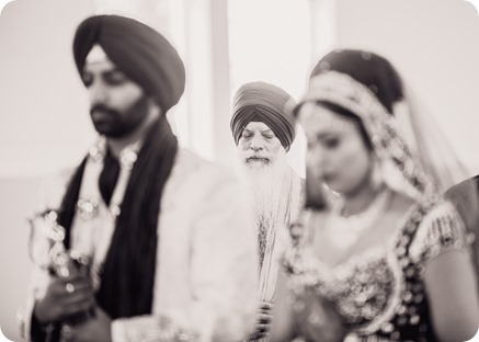 Sikh-Indian-wedding_Kelowna-Temple_Sparkling-Hill_148_by-Kevin-Trowbridge