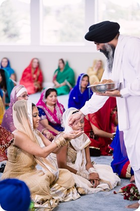 Sikh-Indian-wedding_Kelowna-Temple_Sparkling-Hill_188_by-Kevin-Trowbridge