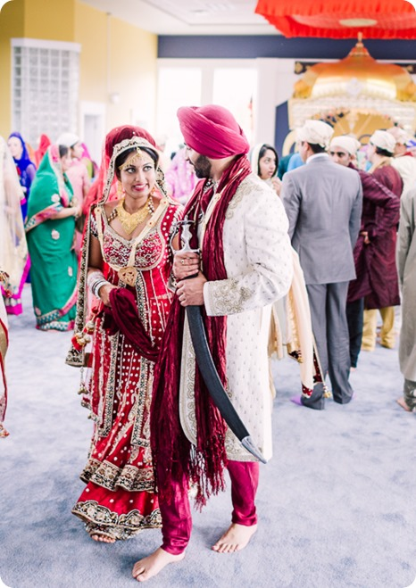 Sikh-Indian-wedding_Kelowna-Temple_Sparkling-Hill_195_by-Kevin-Trowbridge