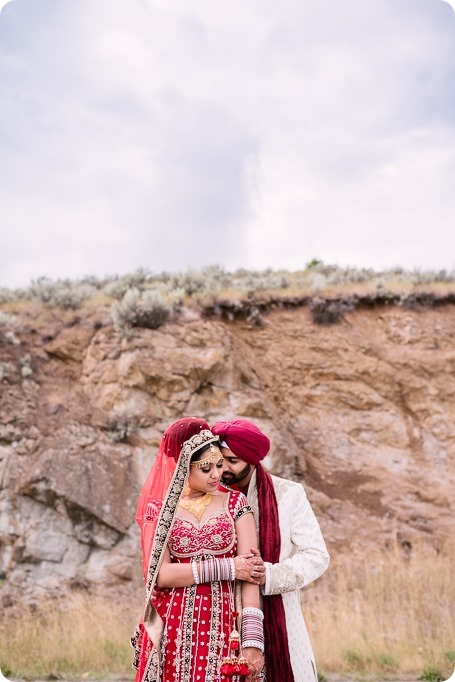 Sikh-Indian-wedding_Kelowna-Temple_Sparkling-Hill_204_by-Kevin-Trowbridge