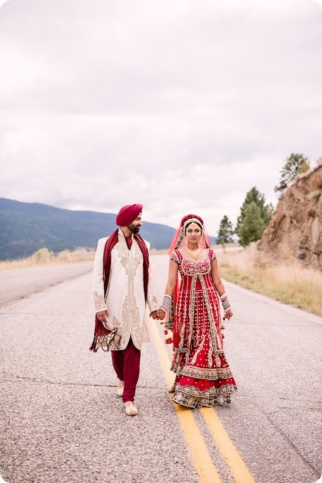 Sikh-Indian-wedding_Kelowna-Temple_Sparkling-Hill_206_by-Kevin-Trowbridge