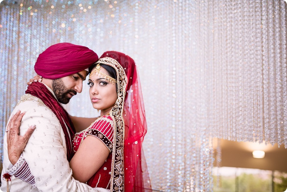 Sikh-Indian-wedding_Kelowna-Temple_Sparkling-Hill_230_by-Kevin-Trowbridge
