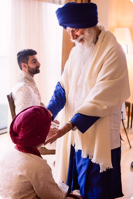 Sikh-Indian-wedding_Kelowna-Temple_Sparkling-Hill_26_by-Kevin-Trowbridge