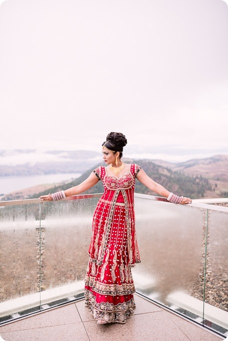 Sikh-Indian-wedding_Kelowna-Temple_Sparkling-Hill_27_by-Kevin-Trowbridge