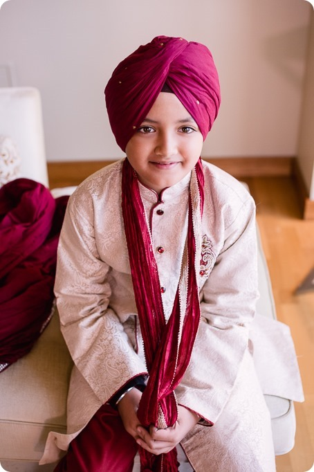 Sikh-Indian-wedding_Kelowna-Temple_Sparkling-Hill_28_by-Kevin-Trowbridge