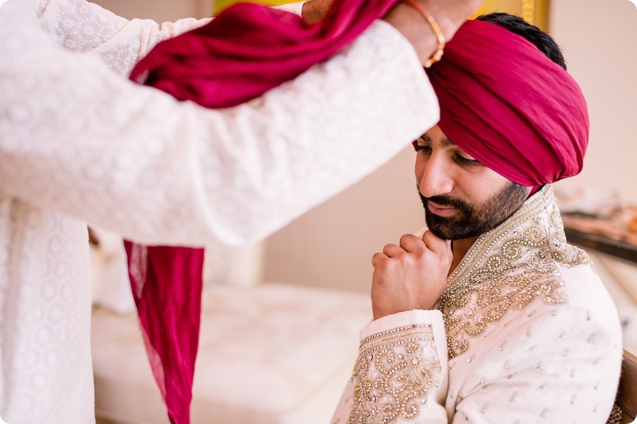 Sikh-Indian-wedding_Kelowna-Temple_Sparkling-Hill_39_by-Kevin-Trowbridge