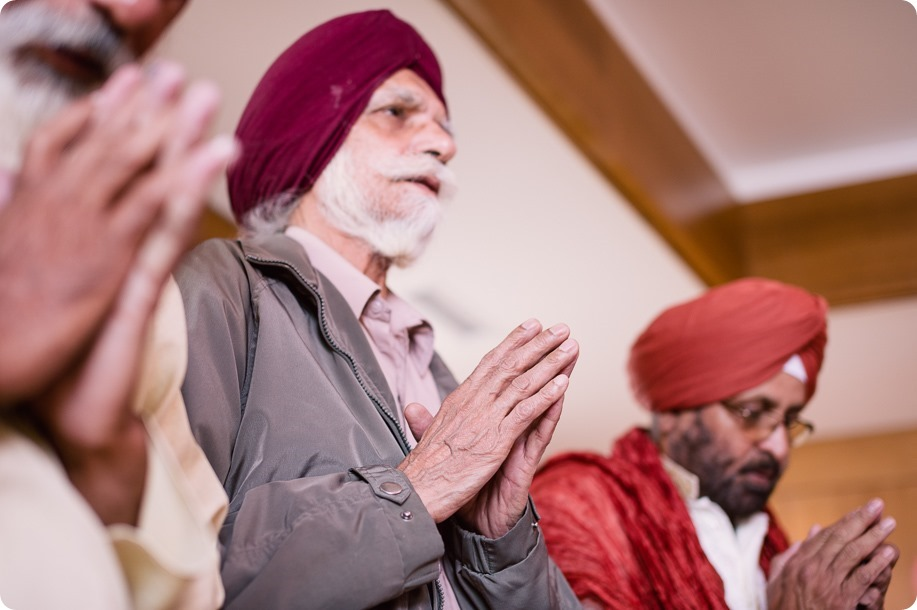 Sikh-Indian-wedding_Kelowna-Temple_Sparkling-Hill_72_by-Kevin-Trowbridge