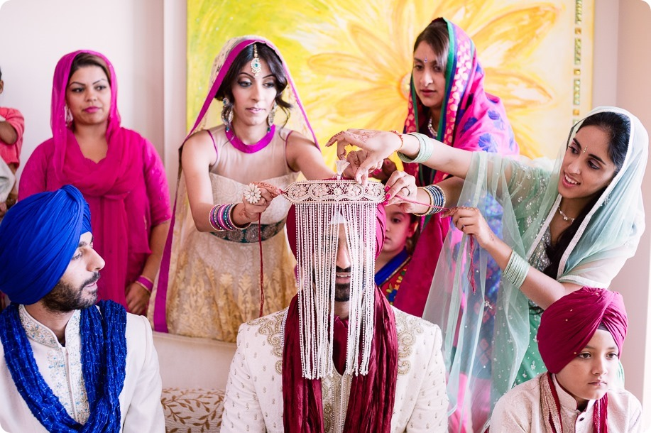 Sikh-Indian-wedding_Kelowna-Temple_Sparkling-Hill_73_by-Kevin-Trowbridge