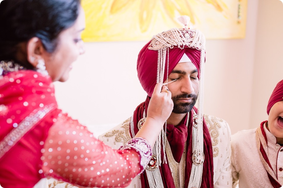 Sikh-Indian-wedding_Kelowna-Temple_Sparkling-Hill_76_by-Kevin-Trowbridge