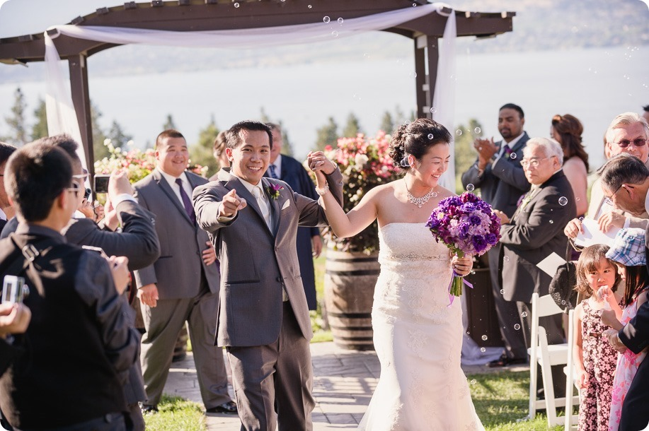 Traditional-Chinese-Tea-Ceremony-Summerhill-wedding-Kelowna-photographer_129_by-Kevin-Trowbridge