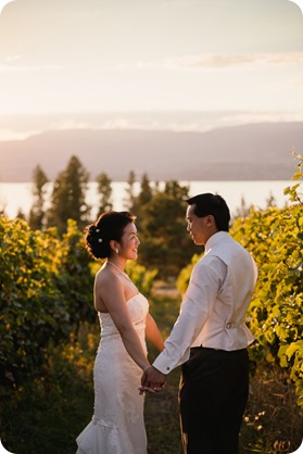 Traditional-Chinese-Tea-Ceremony-Summerhill-wedding-Kelowna-photographer_181_by-Kevin-Trowbridge