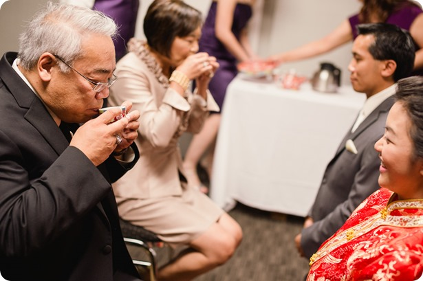 Traditional-Chinese-Tea-Ceremony-Summerhill-wedding-Kelowna-photographer_79_by-Kevin-Trowbridge