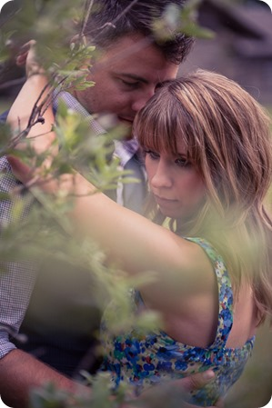 Zombie-engagement-session_walking-dead-attack_father-pandosy_Kelowna-photographer_31_by-Kevin-Trowbridge