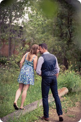 Zombie-engagement-session_walking-dead-attack_father-pandosy_Kelowna-photographer_45_by-Kevin-Trowbridge