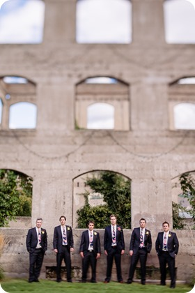 Kaleden-wedding_Linden-Gardens_vineyards-Okanagan-photographer_141039_by-Kevin-Trowbridge