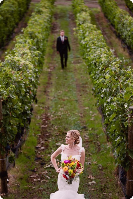 Kaleden-wedding_Linden-Gardens_vineyards-Okanagan-photographer_145017_by-Kevin-Trowbridge