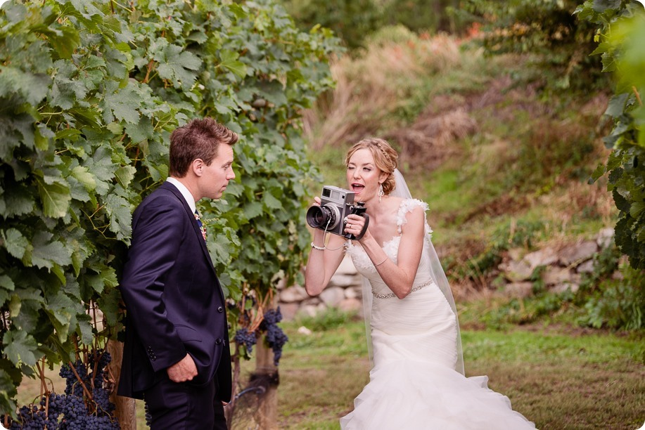 Kaleden-wedding_Linden-Gardens_vineyards-Okanagan-photographer_150023_by-Kevin-Trowbridge