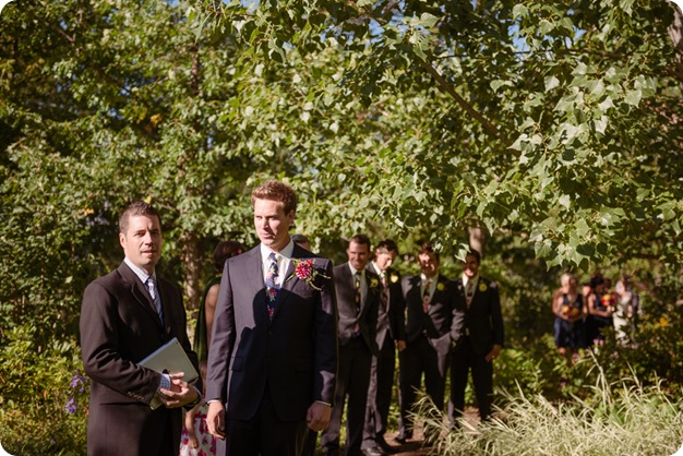 Kaleden-wedding_Linden-Gardens_vineyards-Okanagan-photographer_160223_by-Kevin-Trowbridge