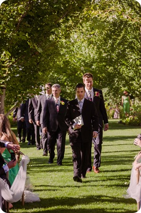 Kaleden-wedding_Linden-Gardens_vineyards-Okanagan-photographer_160254_by-Kevin-Trowbridge