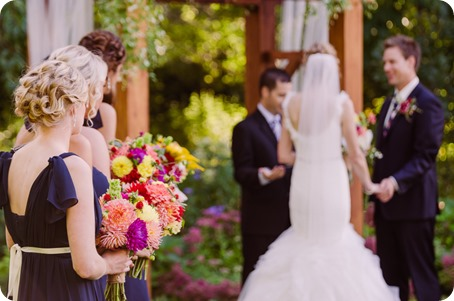 Kaleden-wedding_Linden-Gardens_vineyards-Okanagan-photographer_161640_by-Kevin-Trowbridge