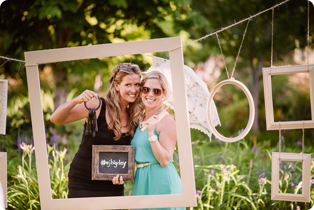 Kaleden-wedding_Linden-Gardens_vineyards-Okanagan-photographer_171835_by-Kevin-Trowbridge