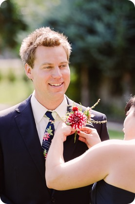 Kaleden-wedding_Linden-Gardens_vineyards-Okanagan-photographer__130717_by-Kevin-Trowbridge