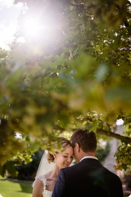Kaleden-wedding_Linden-Gardens_vineyards-Okanagan-photographer__132012_by-Kevin-Trowbridge