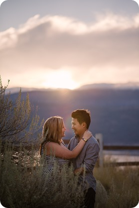 Kelowna-engagement-session_coffee-Knox-Mountain-cruiser-bikes_Okanagan-photographer_104_by-Kevin-Trowbridge