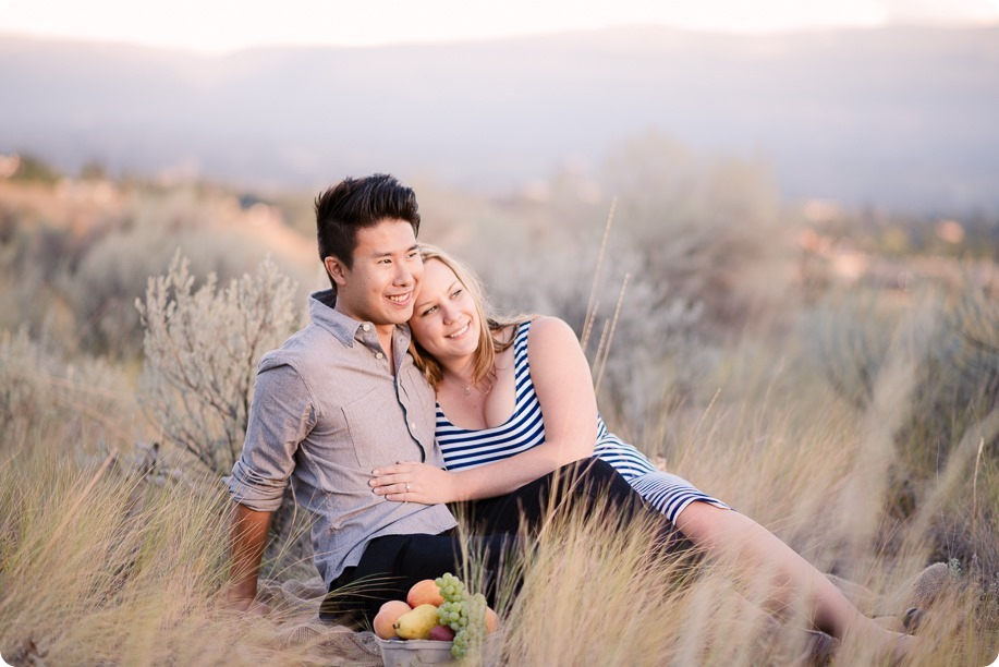 Kelowna-engagement-session_coffee-Knox-Mountain-cruiser-bikes_Okanagan-photographer_106_by-Kevin-Trowbridge