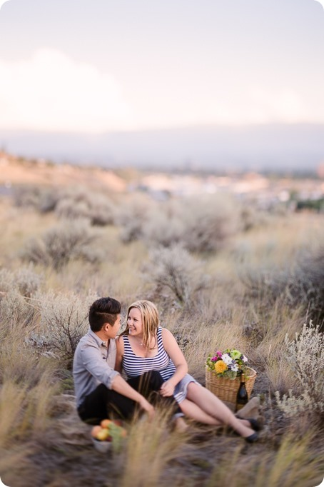 Kelowna-engagement-session_coffee-Knox-Mountain-cruiser-bikes_Okanagan-photographer_108_by-Kevin-Trowbridge