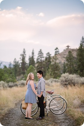 Kelowna-engagement-session_coffee-Knox-Mountain-cruiser-bikes_Okanagan-photographer_127_by-Kevin-Trowbridge