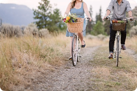 Kelowna-engagement-session_coffee-Knox-Mountain-cruiser-bikes_Okanagan-photographer_132_by-Kevin-Trowbridge