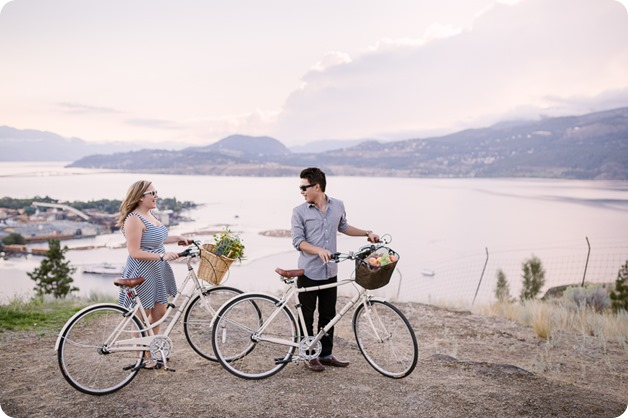 Kelowna-engagement-session_coffee-Knox-Mountain-cruiser-bikes_Okanagan-photographer_63_by-Kevin-Trowbridge