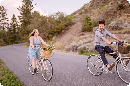 Kelowna-engagement-session_coffee-Knox-Mountain-cruiser-bikes_Okanagan-photographer_75_by-Kevin-Trowbridge